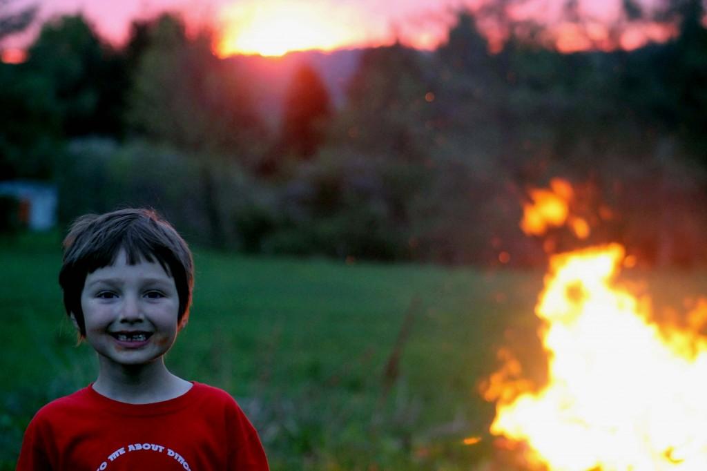 Picture 1089 bonfire quinn
