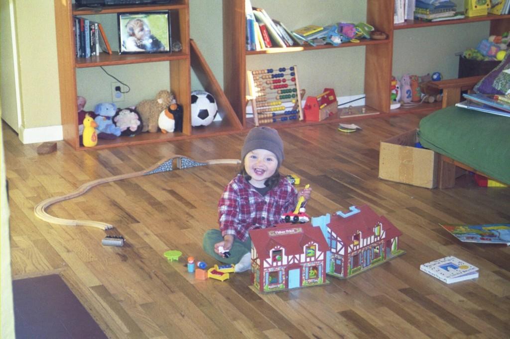 16 months 18 dollhouse