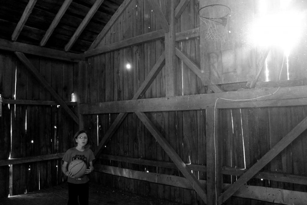 bw-barn-light-img_1140